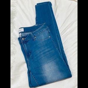Light Thin Denim Jeans
